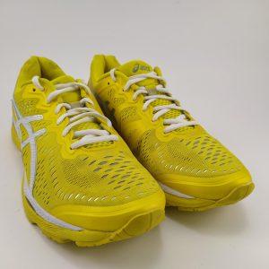 کفش اسیکس زرد ورزشی